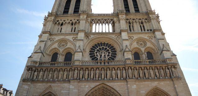 Câteva gânduri despre incendiul de la Notre-Dame